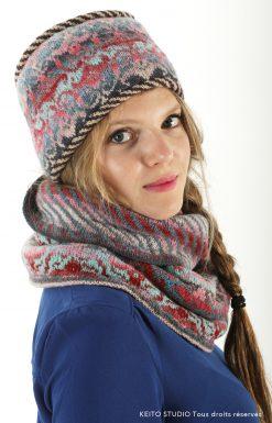 toque avec passepoils rembourrés tricot jacquard Kit bonnet Eeti arabesques