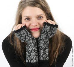 mitaines à tricoter et à feutrer noir et gris Kit mitaines Hanna fleurs