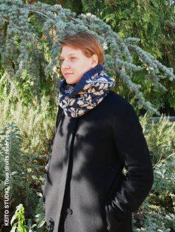 tour de cou tricot motif feuilles